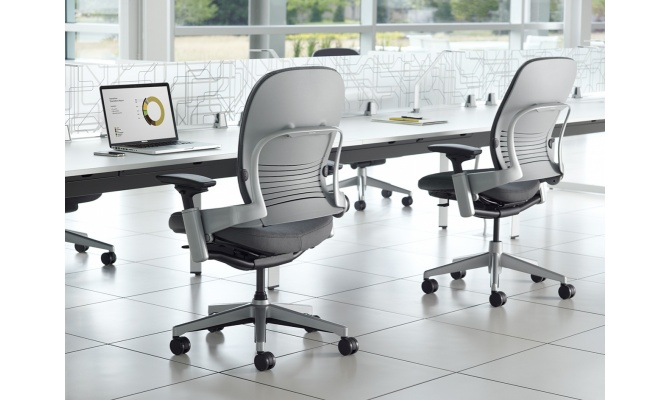 Steelcase töötool Leap Plus - INTERA